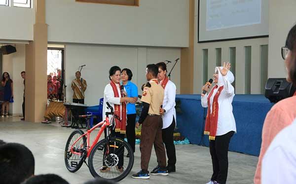 Sosialisasi Kepada SMA Unggul Del Dan SMKN 1 Kecamatan Laguboti