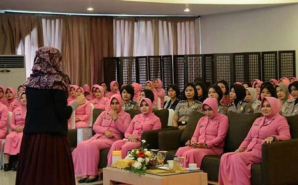 seminar cantik cb tang a