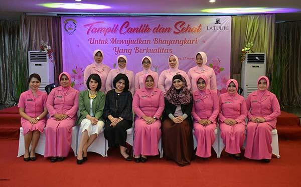 seminar cantik cb tang c