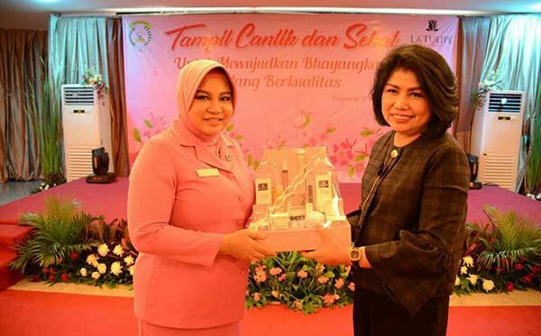 seminar cantik cb tang