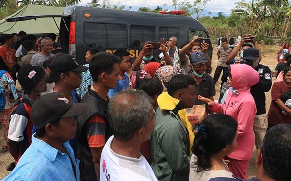 Kunjungan ke korban gempa di Plu, Donggla dan Dili j