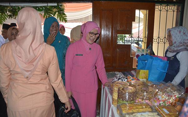 Pembukaan Bazaar ramadhan DWP Prov. Jambi 2019 f
