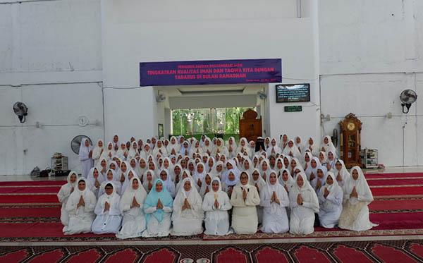 Tadarusan Al Quran bersama Bhayangkari PD Aceh 2019 e
