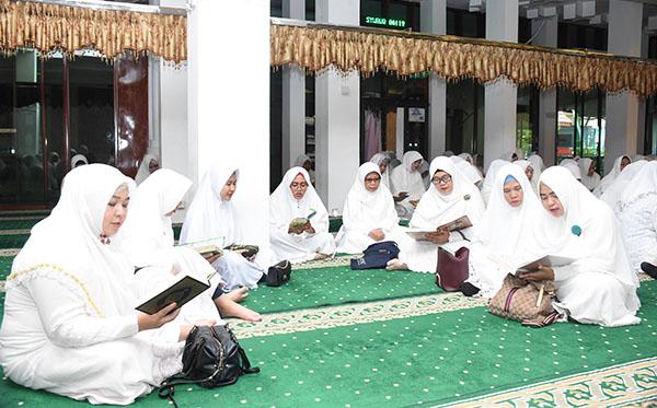 Tadarusan Dan Khataman Al-Qur'an PD Kalimantan Selatan 2019 a