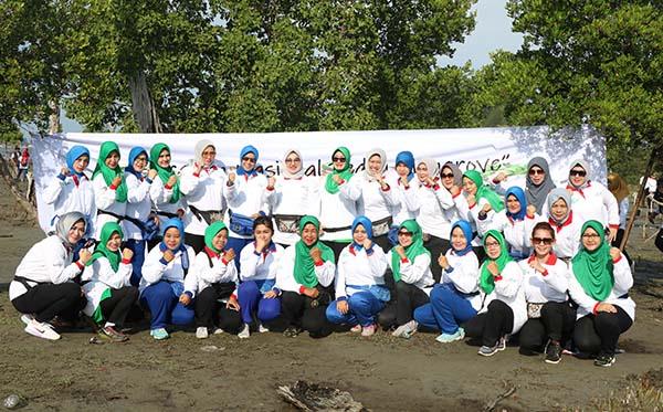 Gerakan Nasional Peduli Mangrove PD Bengkulu a