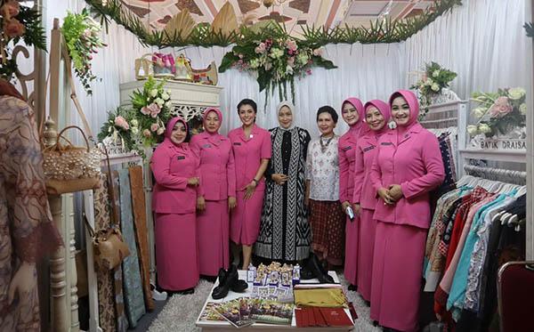 Bazaar Gebyar Karya Pertiwi 2019 d