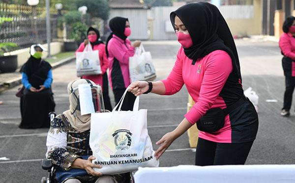 Bantuan Kemanusiaan Ramah Perempuan dan Anak a