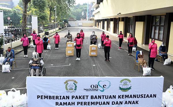 Bantuan Kemanusiaan Ramah Perempuan dan Anak f