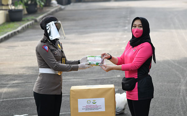 Bantuan Kemanusiaan Ramah Perempuan dan Anak h