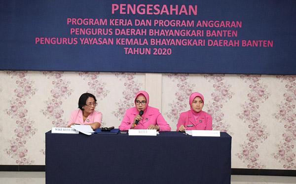 Pengesahan Proja dan PA Pengurus Bhayangkari Daerah Banten tahun 2020e