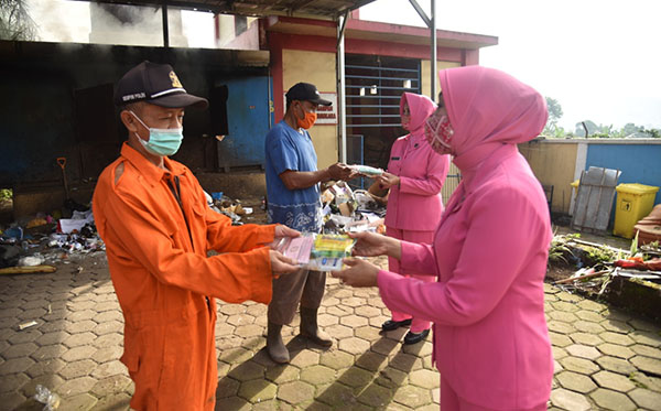 bantuan masker dan suplemen PG04 2020 g