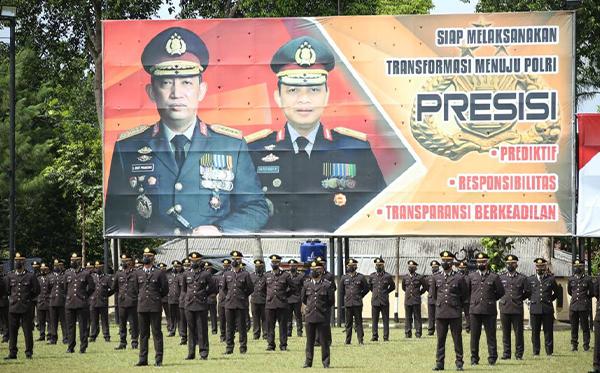 Upacara Penutupan Pendidikan Sekolah Inspektur Polisi Angkatan ke-50 T.A 2021_8